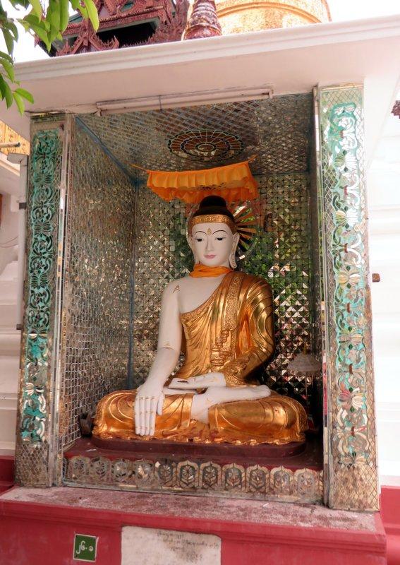 Yangon Myanmar Shwedagon Pagoda (31).JPG