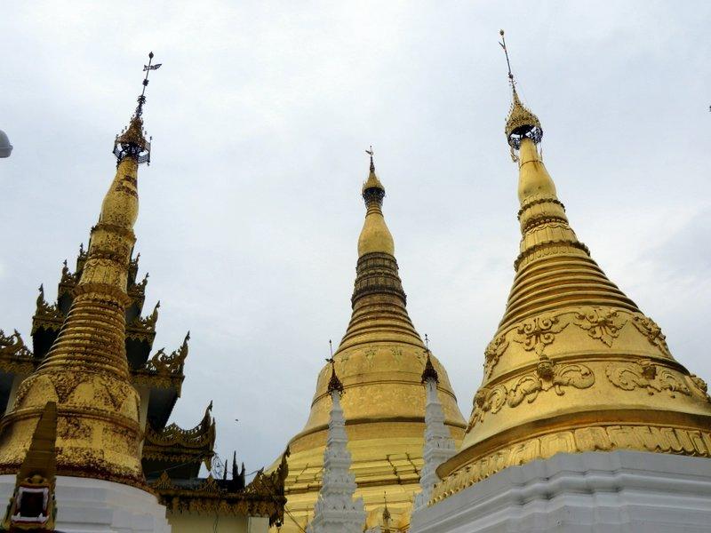 Yangon Myanmar Shwedagon Pagoda (33).JPG