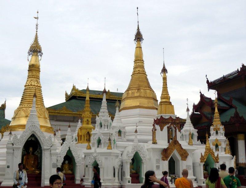 Yangon Myanmar Shwedagon Pagoda (39).JPG