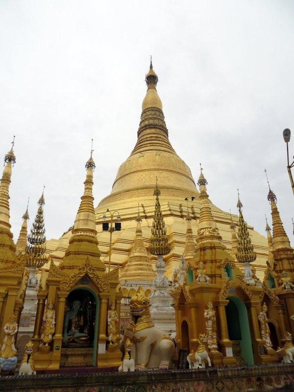 Yangon Myanmar Shwedagon Pagoda (43).JPG