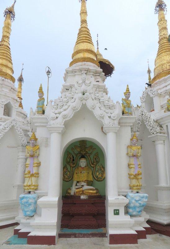 Yangon Myanmar Shwedagon Pagoda (47).JPG