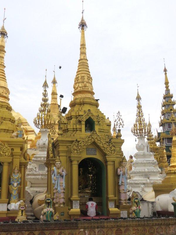 Yangon Myanmar Shwedagon Pagoda (48).JPG