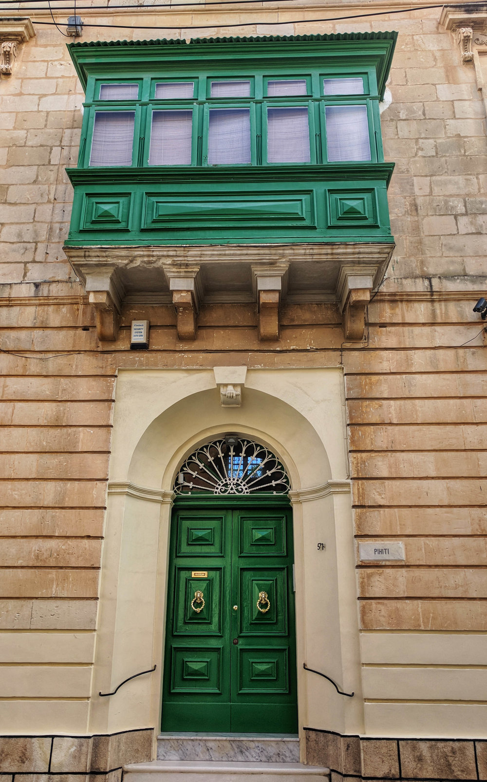 Green Door Sliema.jpg