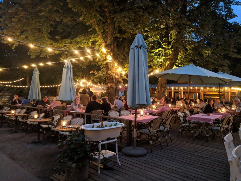 Enjoying a late summer evening in Berlin's Tiergarten