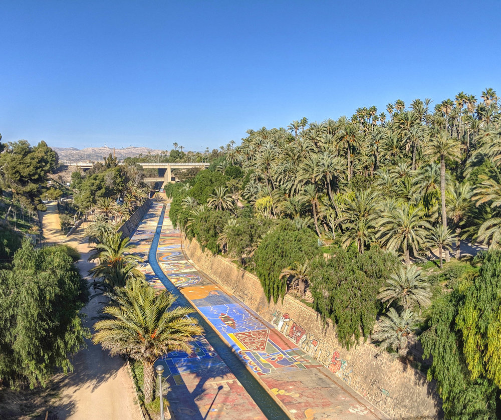 The river bed and palm groves of Elche