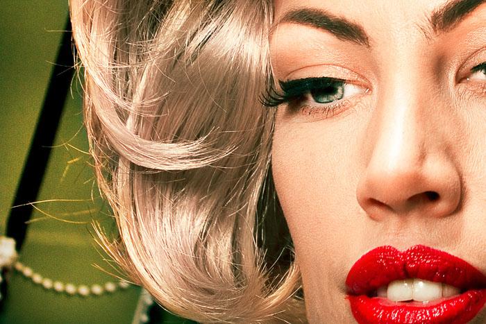 nadia-lee-blonde-red-lips