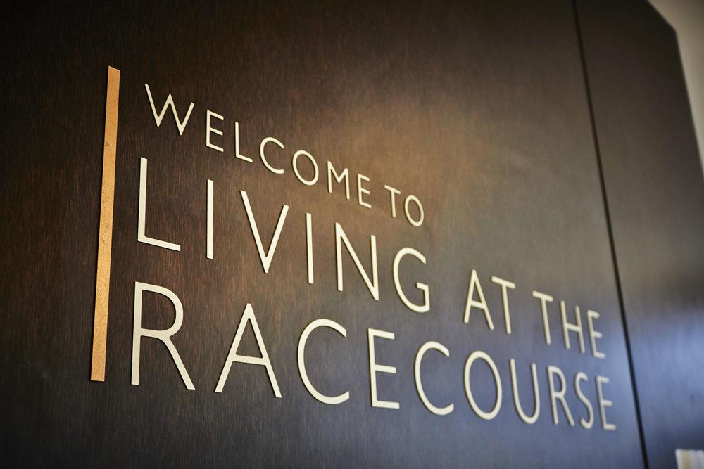Racecourse-dark-sign.jpg