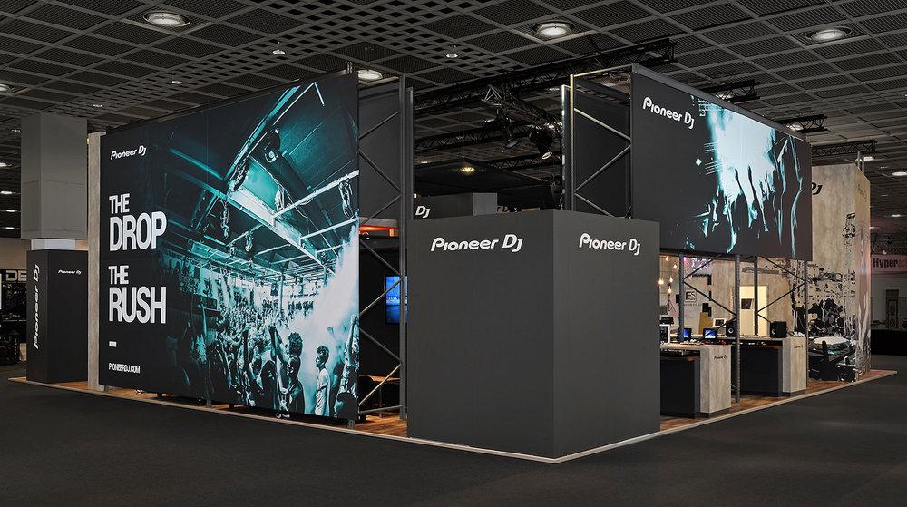 pioneerdj-print-exhibition