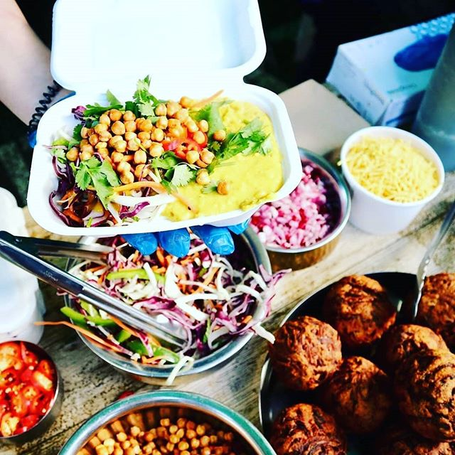 Super excited to be @britishdalfestival finale today! We've got Buddha boxes, Samosa Chaat, Roald Dal, dal 0akoras and #onionbhajiscotcheggs  #gopalscurryshack #getyourcurryon #britishdalfestival #lovepulses #dalfinale #bristol #bristolfoodies #,bristol247 #bristoleats #lovedal #streetfood #curry #veggie #vegan #vegetarian
