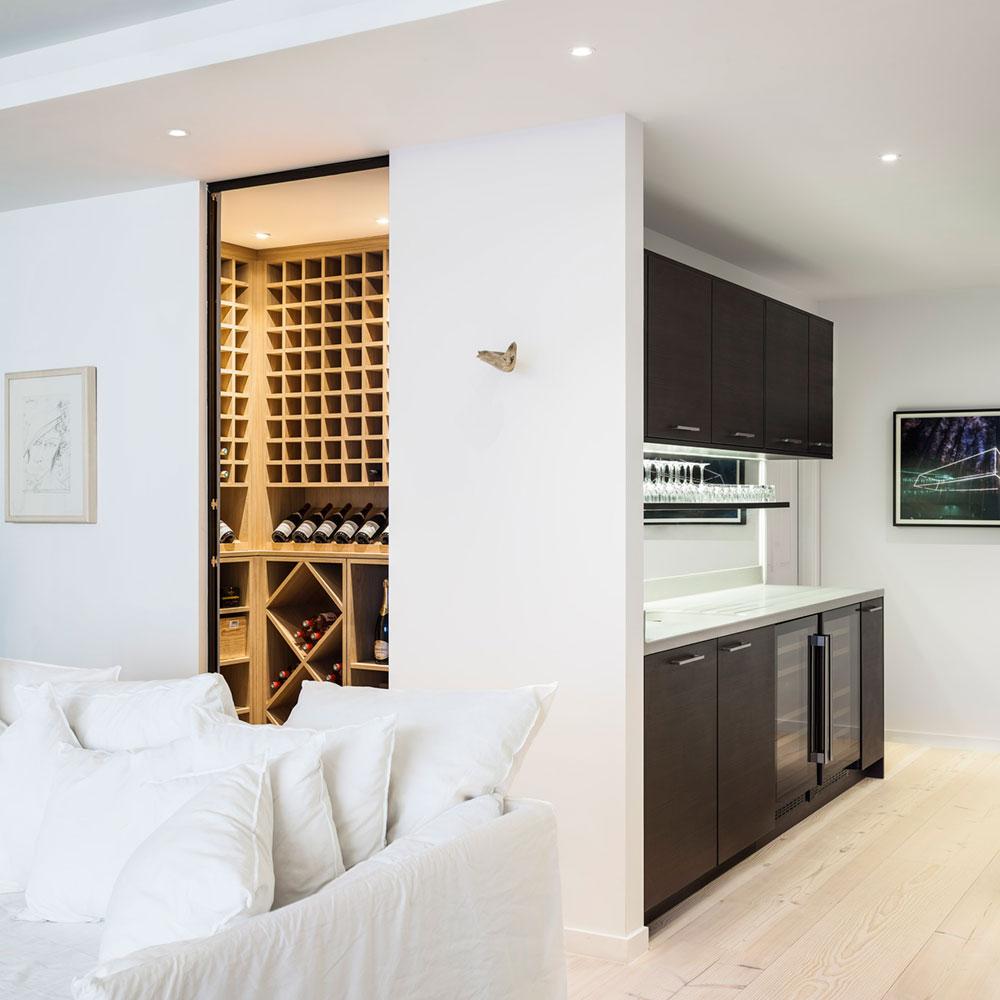 mpr_wineroom_lrg.jpg