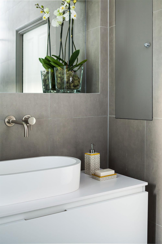 fh_bathroom2_lrg.jpg