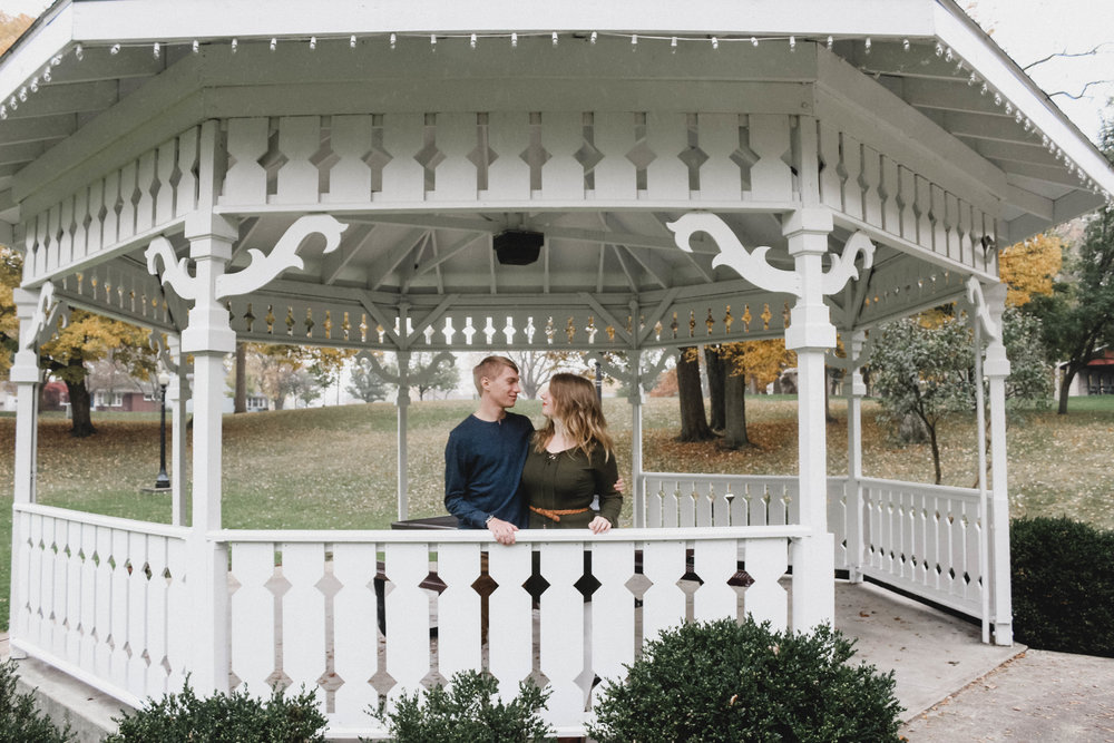 Fall Engagement Photography | North Manchester, Ind.