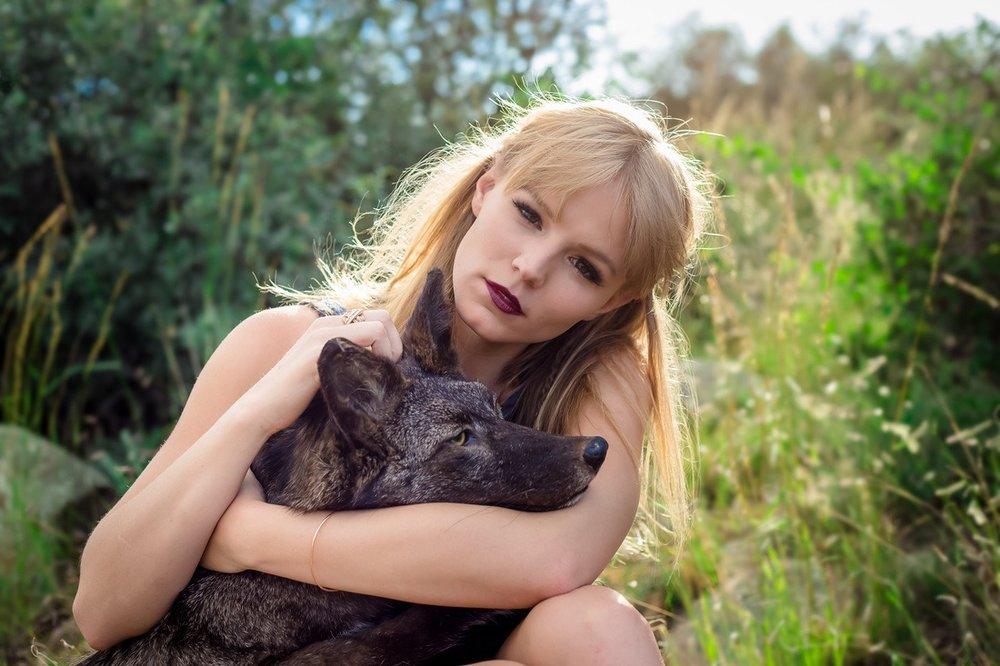 PHOTO: Kristy Velesko| HAIR + MAKEUP: Harley Ann Artistry | MODEL: Madeline Browning