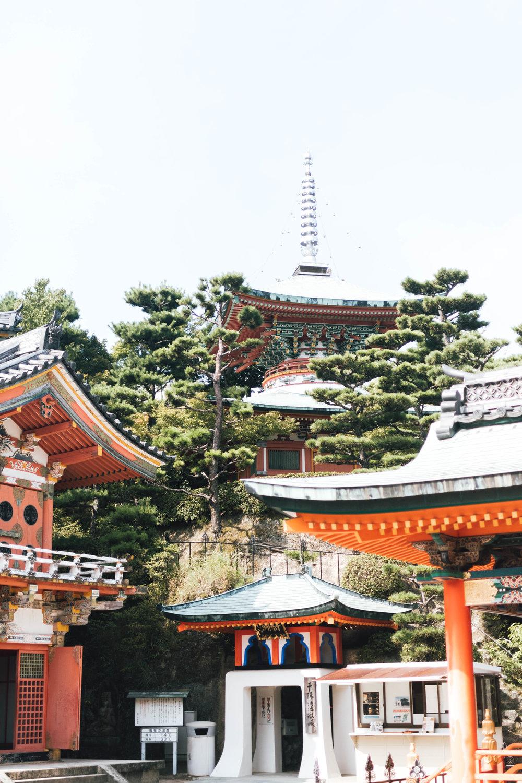 kosanji-temple-photos-by-samantha-look.jpg