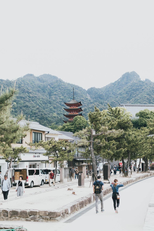 miyajima-japan-photo-by-samantha-look.jpg