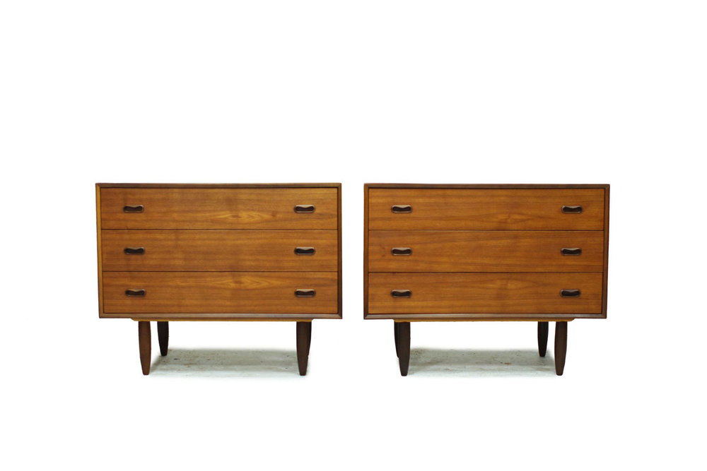 Canadian 1960's Mid Century Modern Set of 2 Matching Teak wood Bed Side Dressers / Nightstands