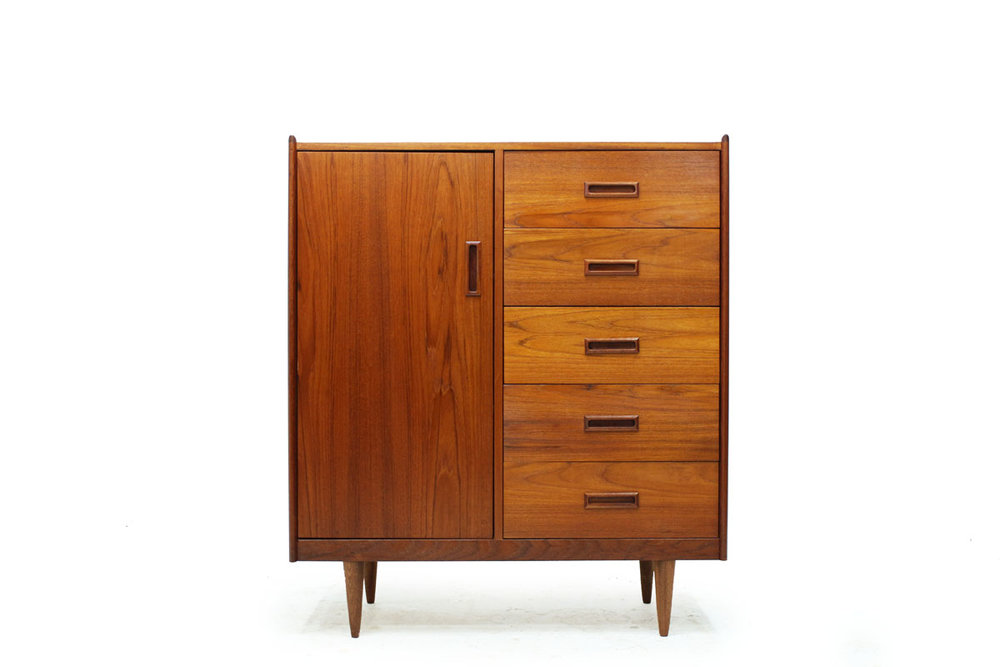 Mid Century Modern Scandinavian Teak wood 5 Drawer Gentleman's Clothes Cabinet