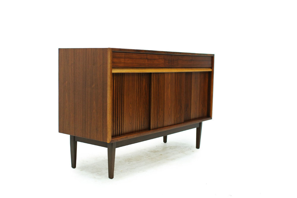 Canadian Made Mid Century Modern Compact 2 door 2 drawer Walnut Wood Sideboard/Credenza by Honderich Company