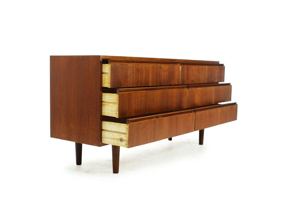 MCM Scandinavian Teak wood Six Drawer short Dresser with pull handles