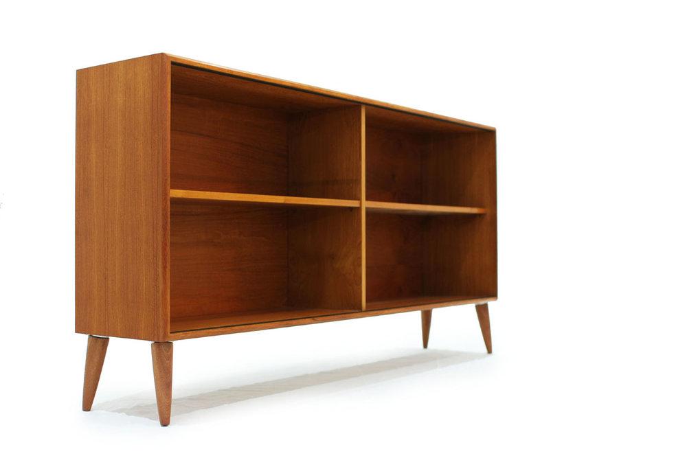 Scandinavian Teakwood MCM Bookshelf with 2 shelves and tapered legs