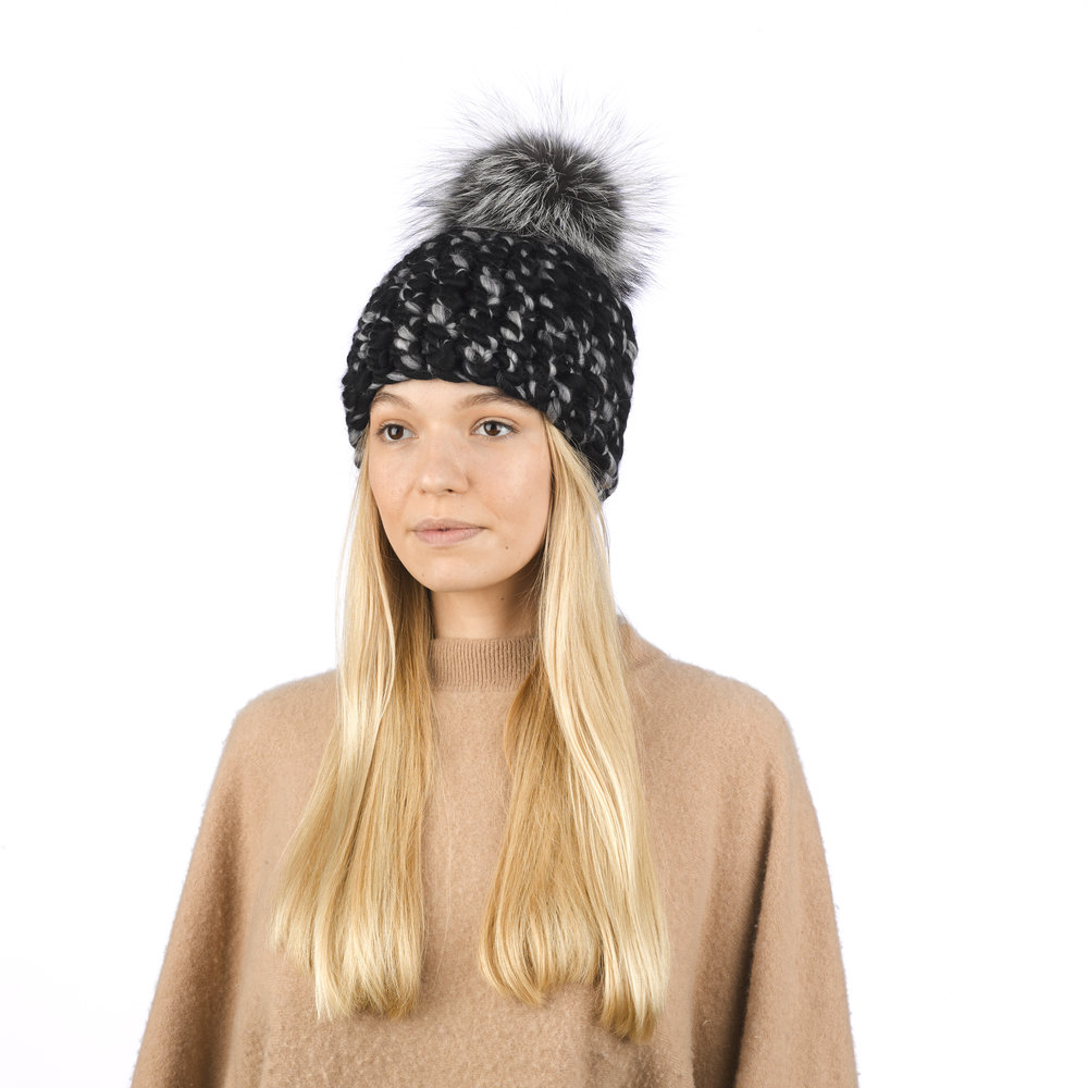 black/grey mix blend • silver fox xl pom