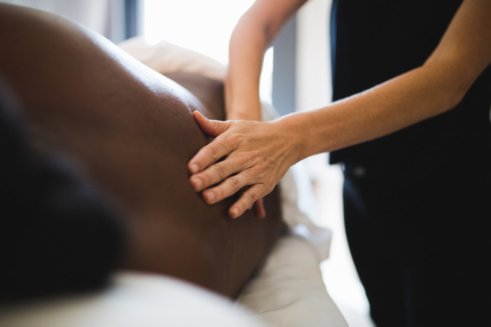 Glow-Chicago-Prenatal-Massage-Therapy-Hands.jpg