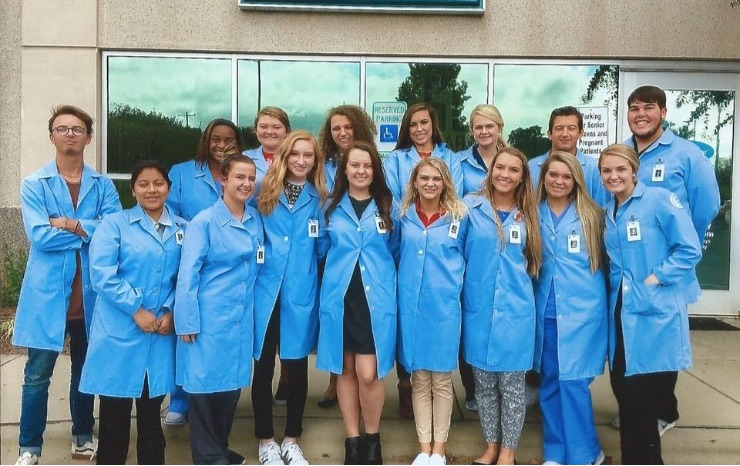 SOUTH POINT HIGH SCHOOL SENIORS PARTICIPATE IN THIS UNIQUE PROGRAM THAT ALLOWS THEM TO SHADOW CLINICAL PROFESSIONALS IN A HEALTHCARE SETTING. CAROMONT REGIONAL MEDICAL CENTER ALLOWS THE STUDENTS TO OBSERVE CLINICAL INTERACTIONS MANY DIFFERENT AREAS OF THE HOSPITAL.