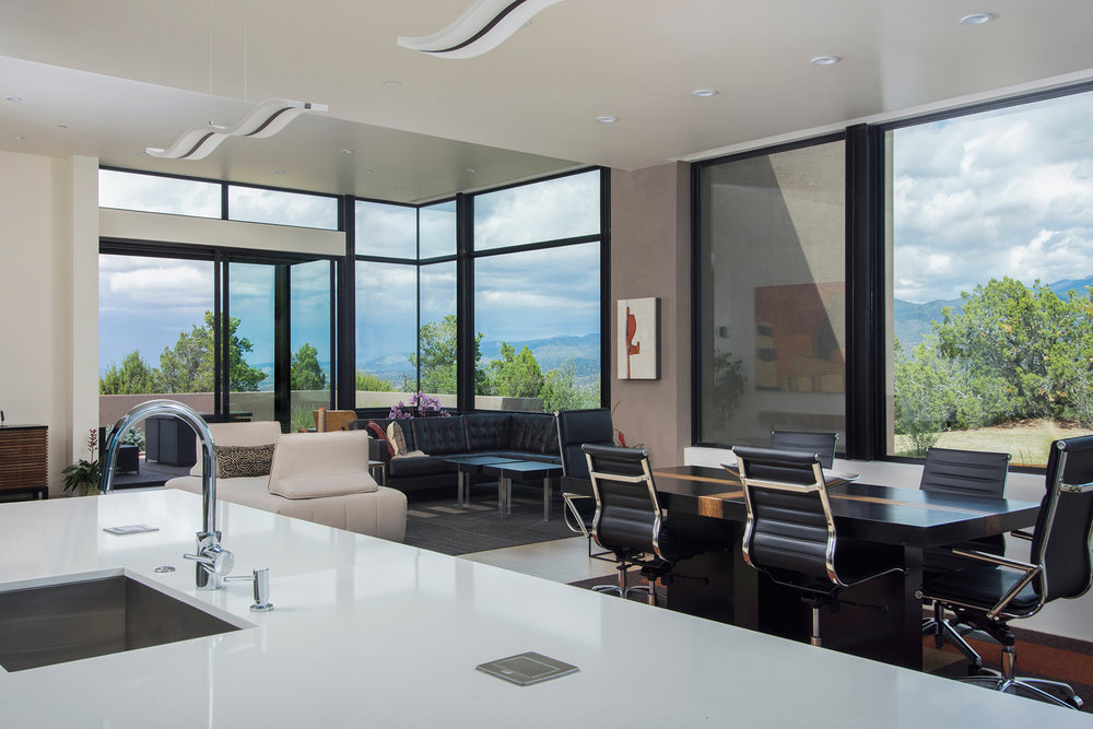6---Casa-Solterra---Scott-Wong---2916-Aspen-View---Interior---Kitchen---Great-Room.jpg