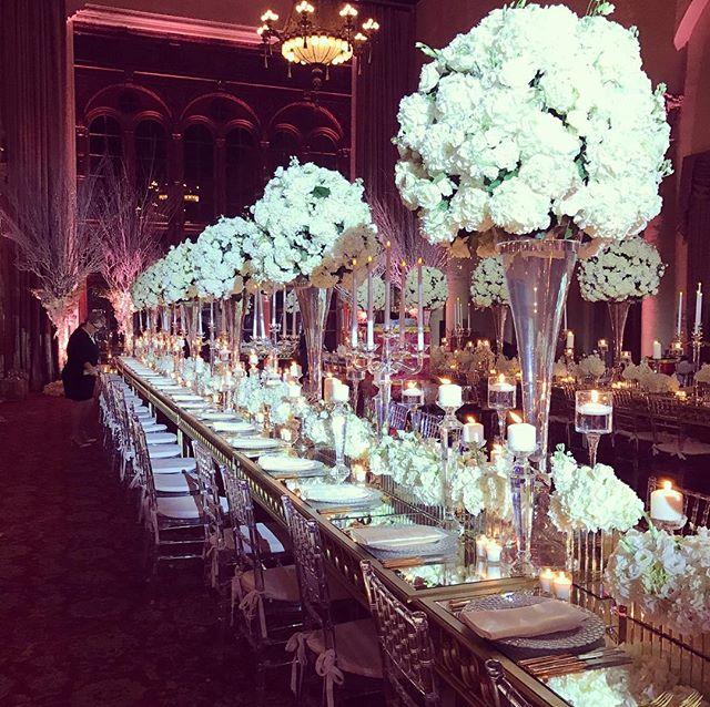 Classical elegance, no one does it quite like the @biltmorehotel! Thanks again for bringing us on board for this one @eventsbyfrancesca #biltmorewedding #miamiwedding #flowers #eventdesign #whitewedding #floraldesign #petalproductions #flowers #hydrangea