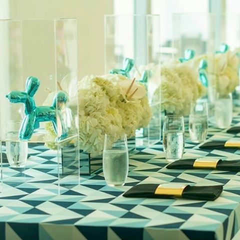 We love how the details for this elegant bris with @fe_foreverevents turned out! Thank you @suzannedelawar for the photos! #miamievents #southfloridaevents #flowers #centerpiece #tablescape #jeffkoons #petalproductions #britmilah #bris #jewishevents