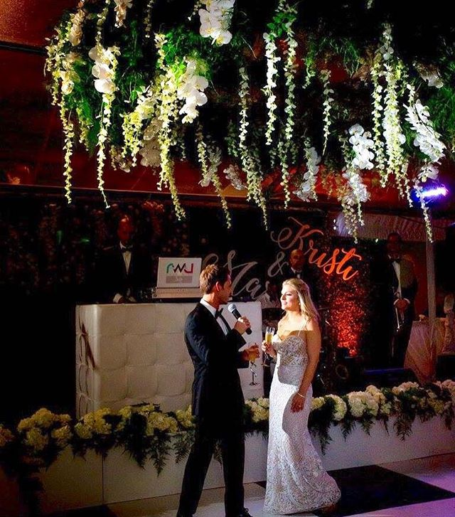 Stunning ring of greens & hanging orchids over the dance floor made for quite the statement piece at this @vizcayamiami wedding with @bsocialevents! Thank you for capturing @maggiestolzberg! #eventdesign #floradesign #orchids #vizcayawedding #eventdecor #luxuryweddings #miamiweddings #petalproductions #weddingwednesday