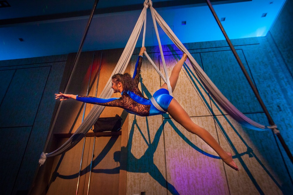 Destin Aerial Events Sling Hammock Dance Entertainment
