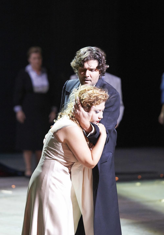 La_Traviata_54195[1].jpg