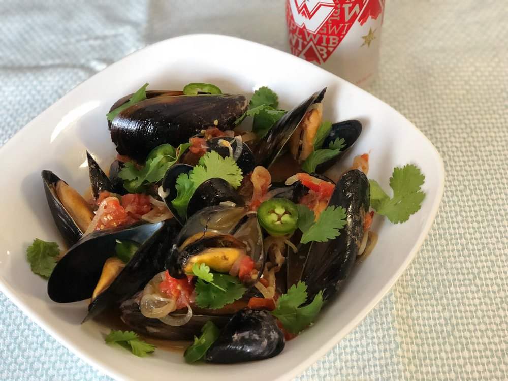 Beer Steamed Mussels 4.jpg