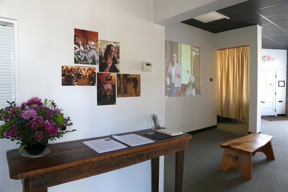 4-images+front-room_6868.jpg