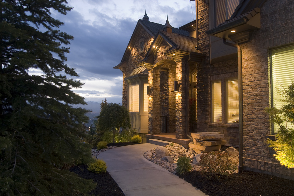 DRAPER WOODS WAY<br><strong>$2,399,000</strong>