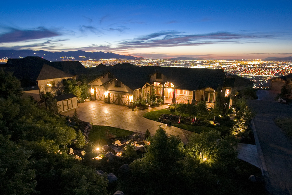 GRANITE BROOK<br><strong>$1,249,000</strong>