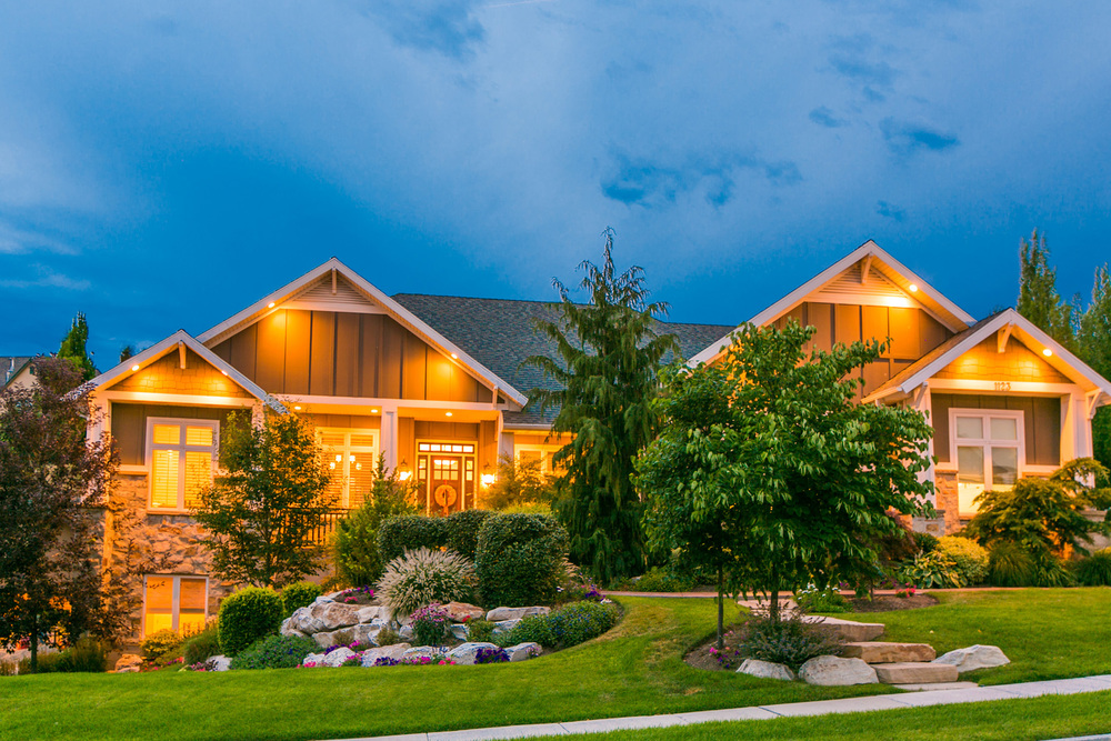 1123 W CHAPEL RIDGE DRIVE<br><strong>$774,900</strong>