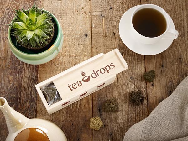 w-TeaDrops5-10-1682553_grande.jpg