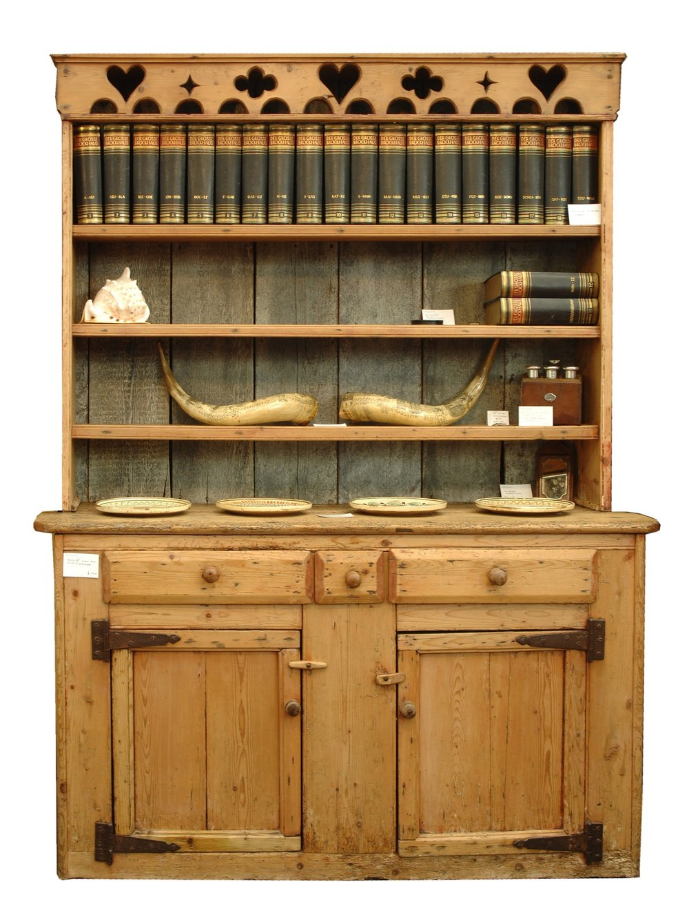 Molly & Maud's Place - A C19th Irish dresser in pine