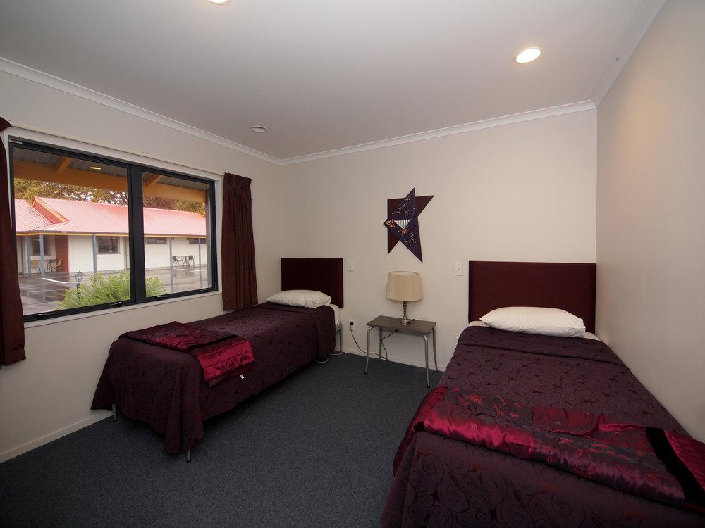 Oak Estate Motor Lodge & Conference Centre double room