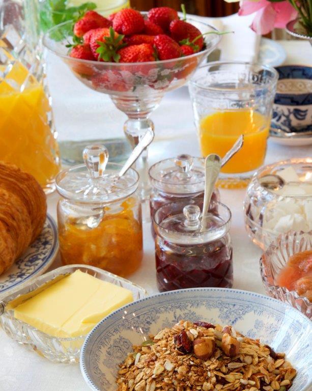 10 -  breakfast.jpg