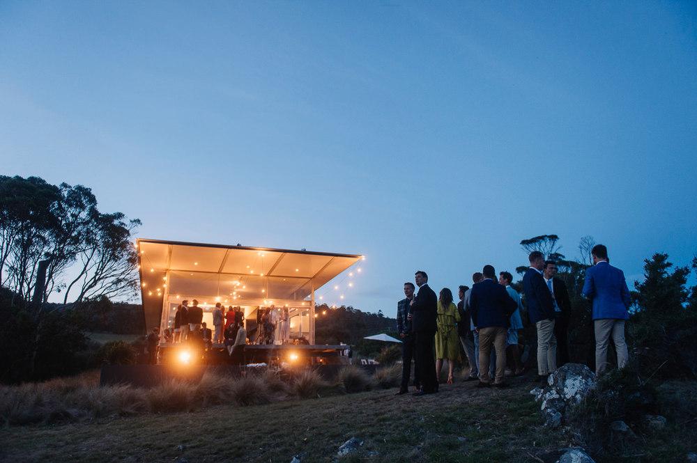 Tasmania_Beach_wedding