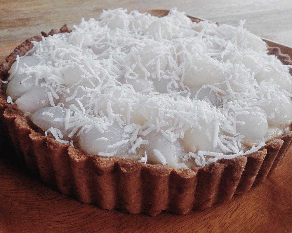 Coconut caramel lychee tart_whole.jpg