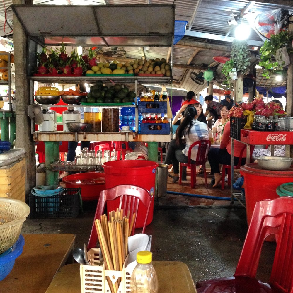 This view is from the noodle shop side of the sinh to stand in Hoi An that I visit twice a day. I will order mi quang (noodles), and Tam will bring me my ca phe sua da (vietnamese coffe with milk and ice) to me.