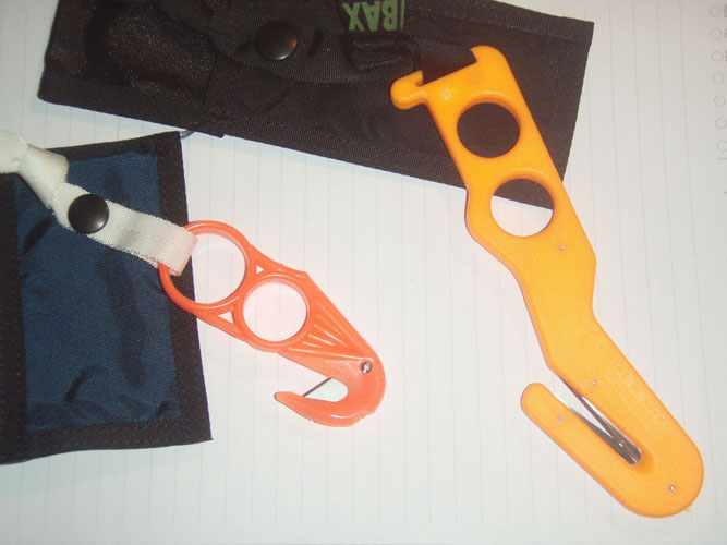 Safety Knives (rope cutters)