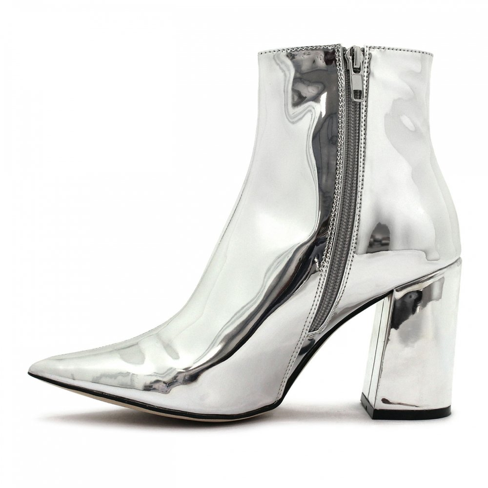Betts head turning style chrome boots $99.99