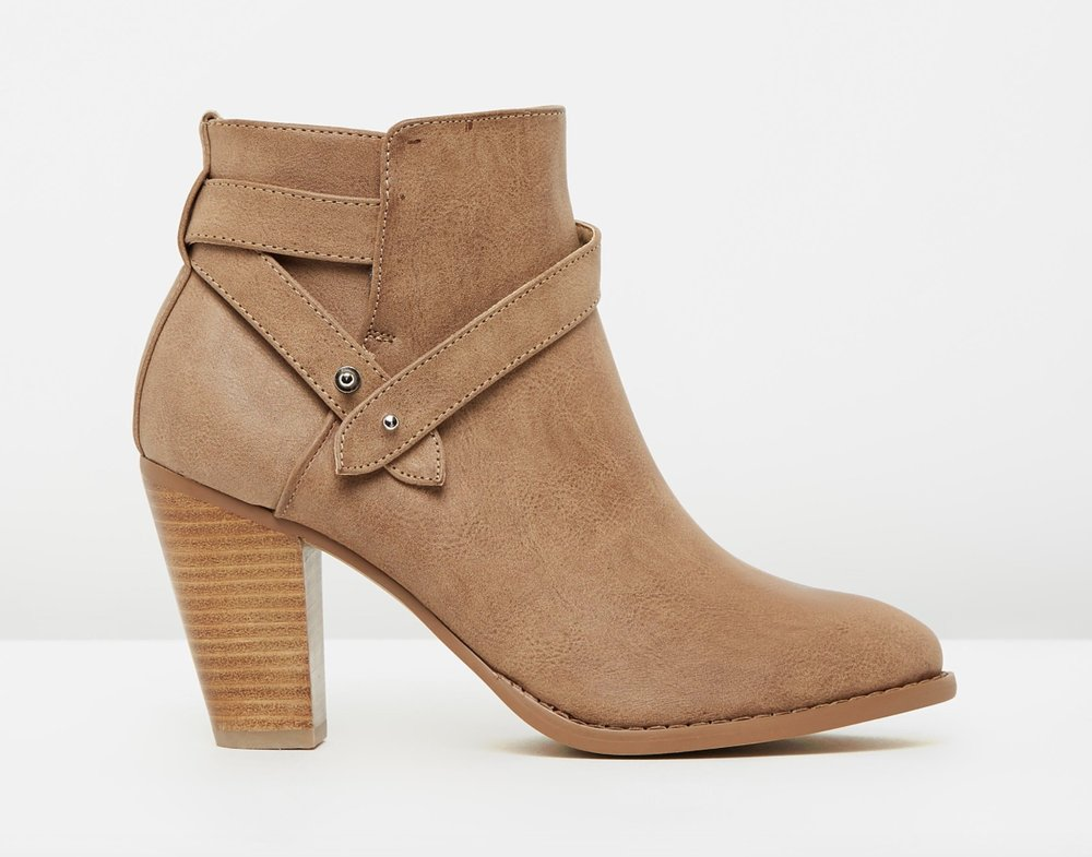 Spurr Giovanna ankle boots $69.95