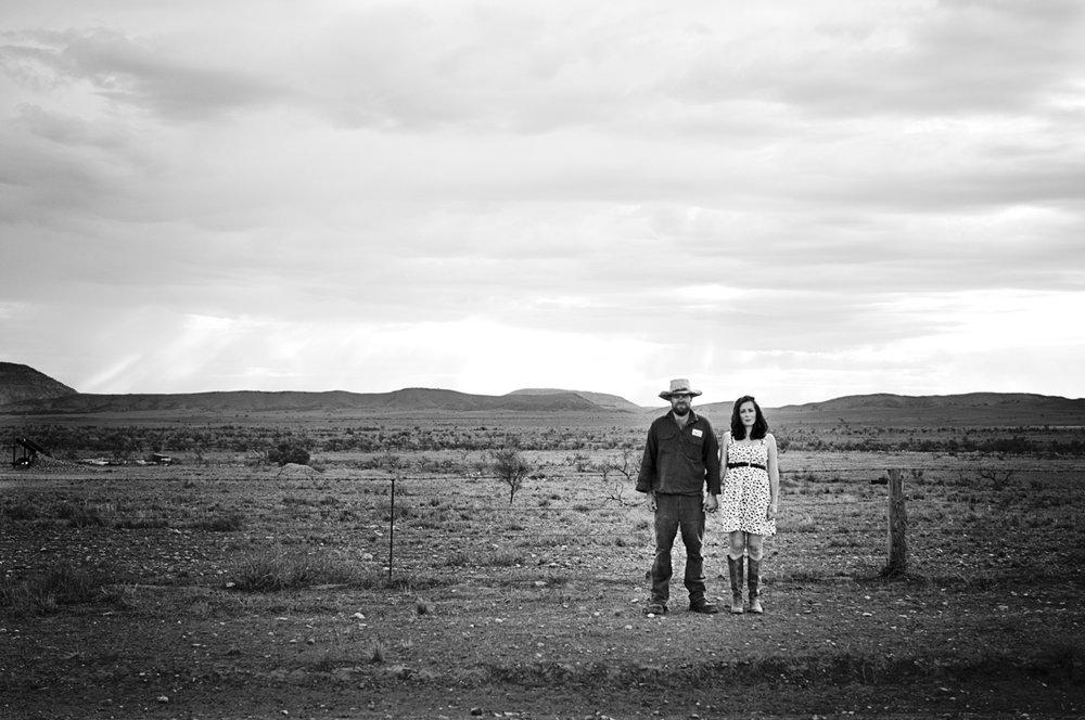 adelaide-flinders-rangers-engagement-photography-jessica-yaeger.jpg