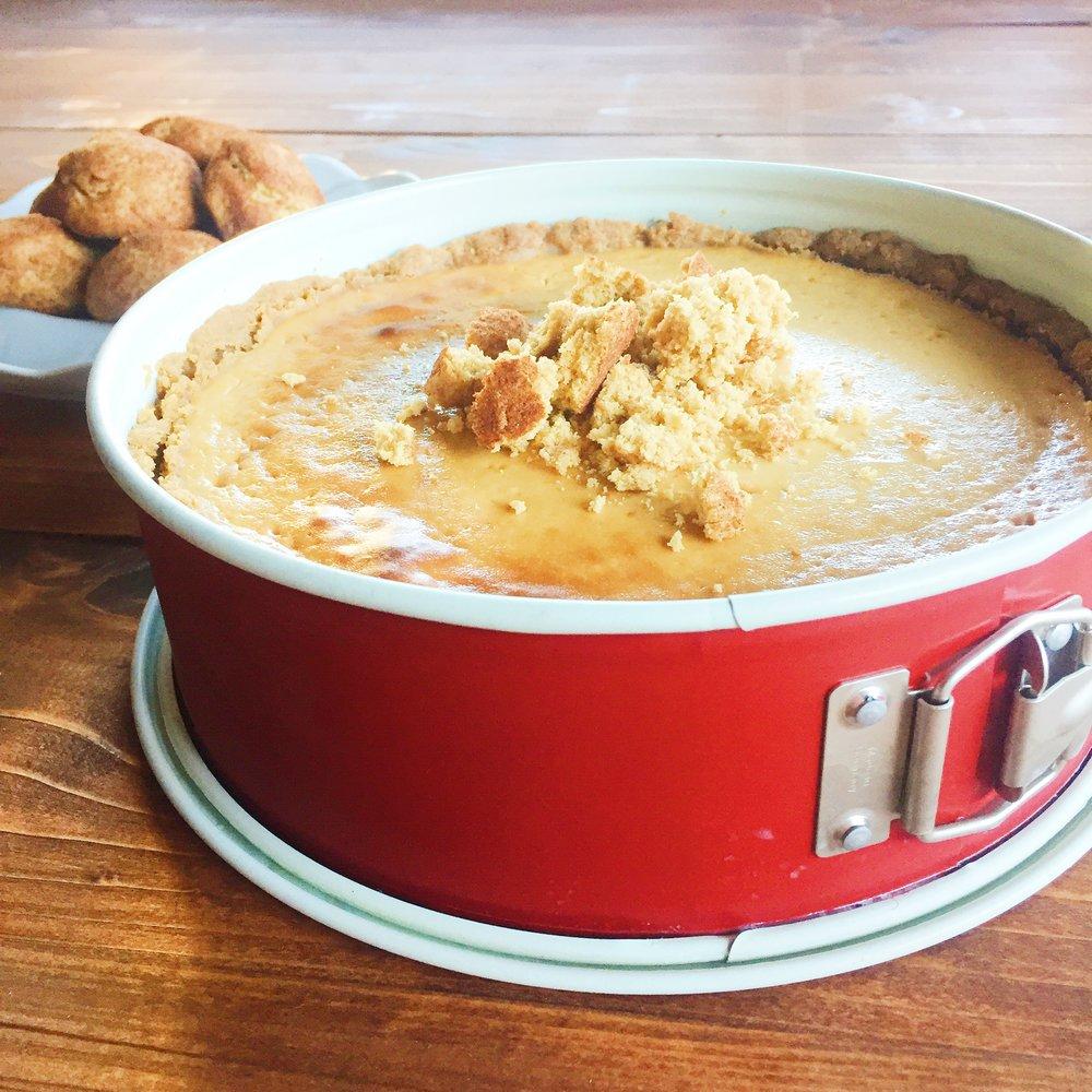 Snickerdoodle Almond Cheesecake